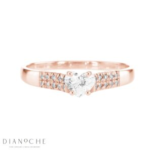 asscher cut diamond ring in rose gold